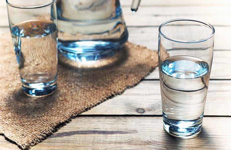 Woda miedzy posiłkami