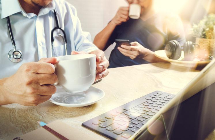 Czy kawa to używka? Sprawdź najnowsze badania!