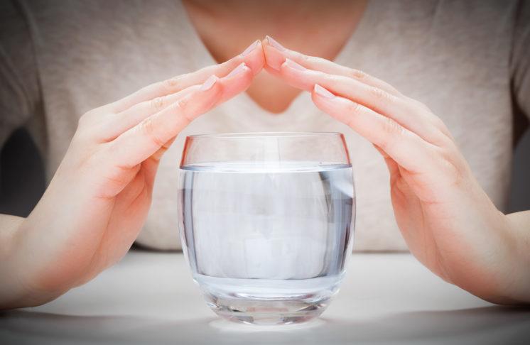 Woda z kranu, dystrybutora czy woda filtrowana?