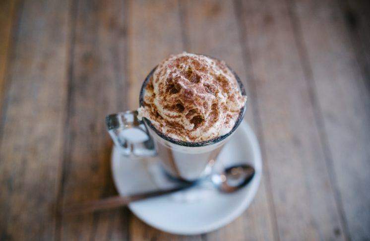 Jak zrobić kawę po wiedeńsku?